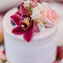 Floral Design of Europe cake flowers