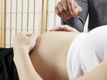 Os benefícios da acupuntura na gravidez