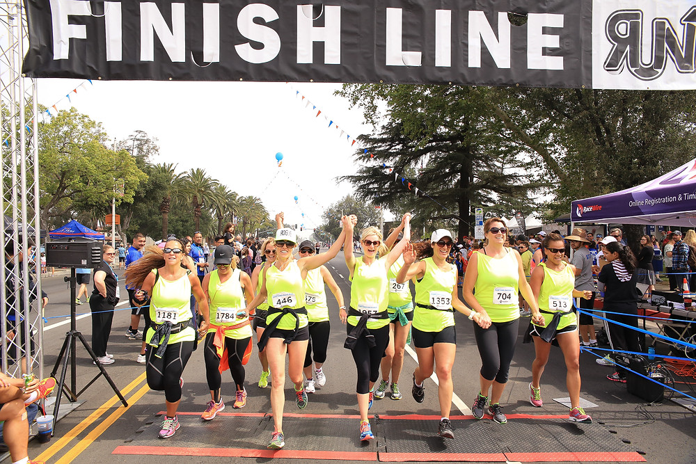 Large Group finish line Fontana marathon