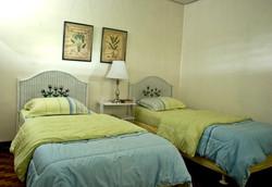 room_yellow