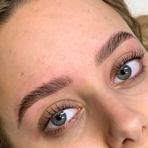 WHAT'S THE DIFFERENCE BETWEEN A LASH LIFT & A LASH PERM?