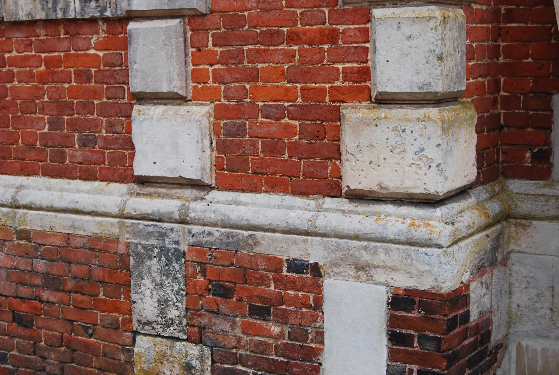 appareillage brique et pierre