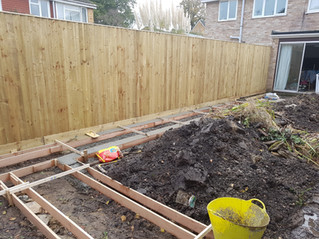 Shuttering for concrete footing