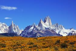bigstock-The-magnificent-mountain-range-55732946 (2)