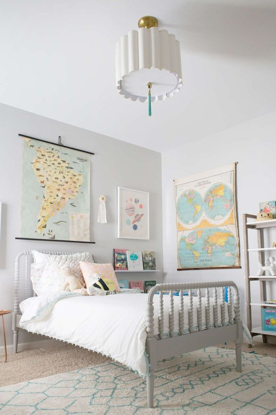 https://laybabylay.com/travel-inspired-big-girl-room