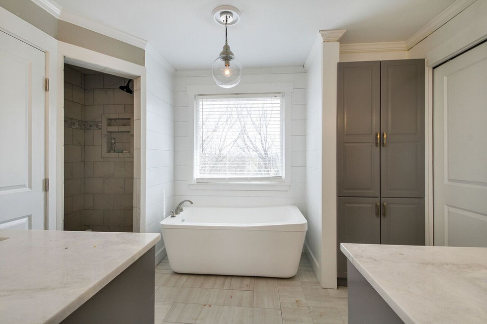 Throwback Thursday Means It's Time For A Renovation Rewind: Property 1, Master Bath