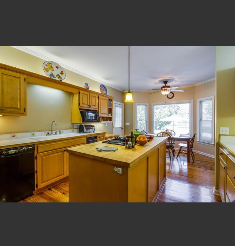Property 3: Kitchen-Before