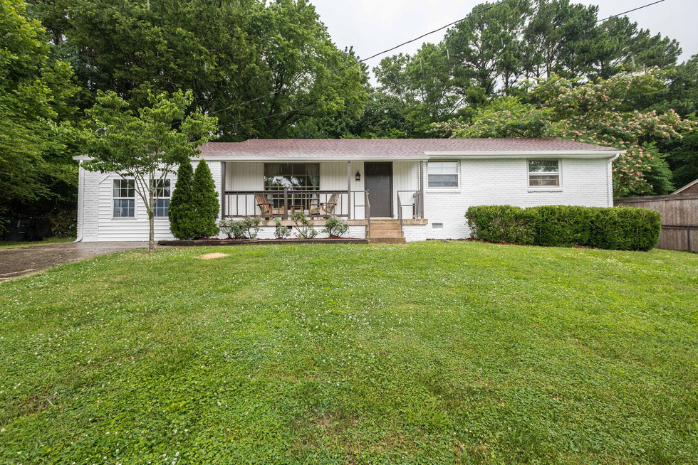 South Nashville Ranch Stunner Under 240K
