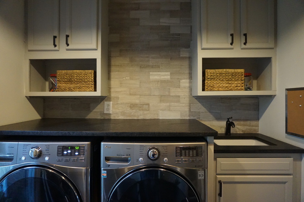 Laundry Room Before and After: ORC Fall 2017: The Final Reveal
