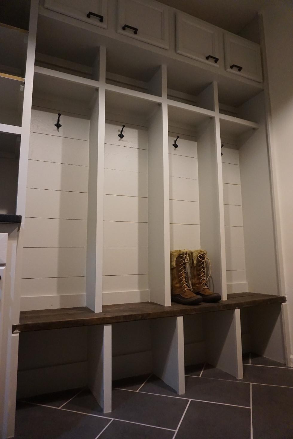 One Room Challenge, Fall 2017 Week 6:  Urban Farmhouse Laundry Room Renovation