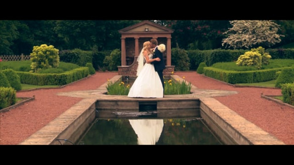 An outdoor ceremony at Delemere Manor