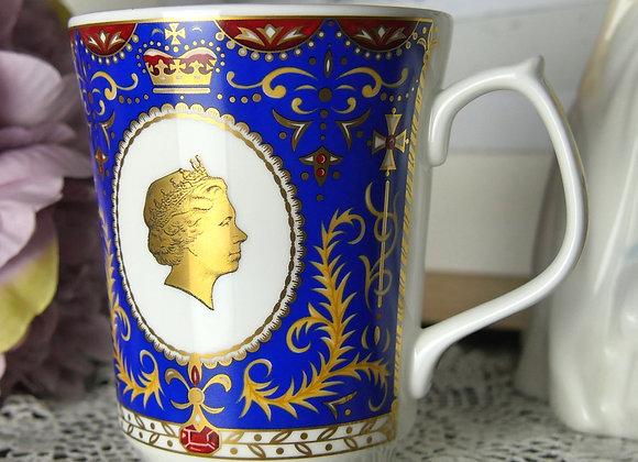 *送料無料* ロイヤルブルーが美しい エリザベス女王 80歳記念マグカップ  ウェード窯 for リントンズ