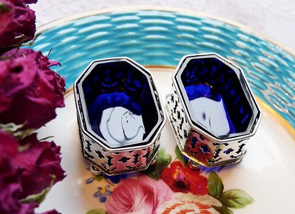 *送料無料* 1898年 ヴィクトリアン コバルトグラスのライナーが美しい 純銀ペア 塩胡椒ディッシュ