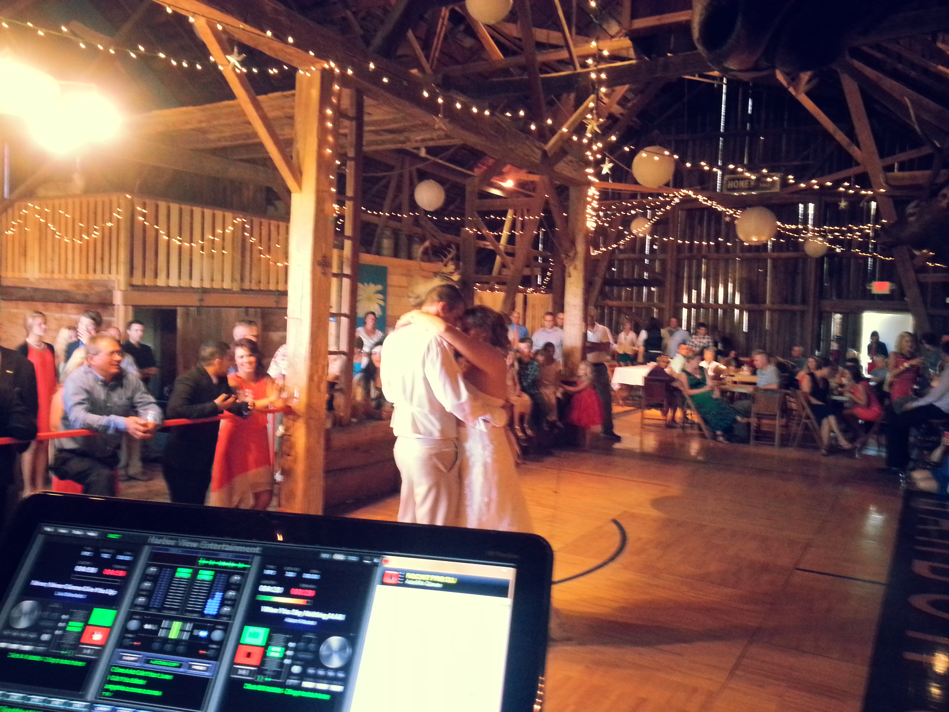Wedding Harbor View Entertainment