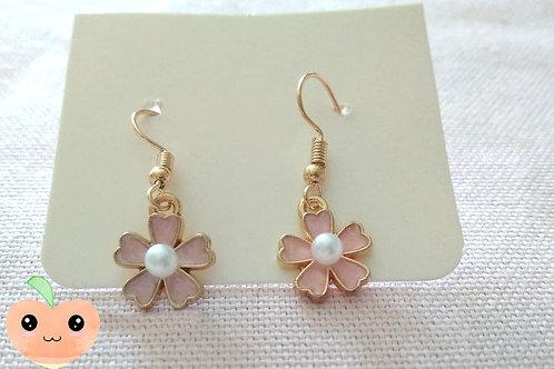 Boucles d'oreilles petite fleur de cerisier
