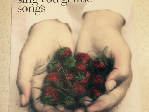 Let me sing you gentle songs | Review