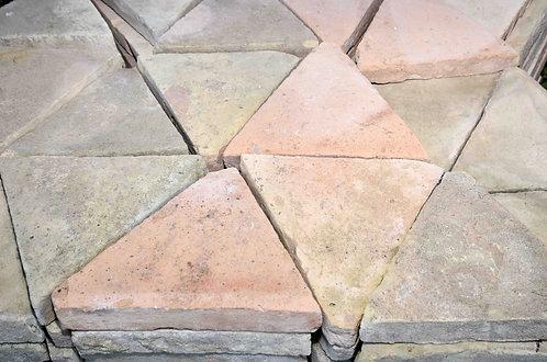 Cotto Triangolare Misto L28