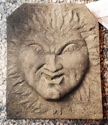 Mascherone in pietra