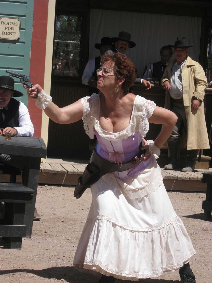 gunfighting-granny.jpg