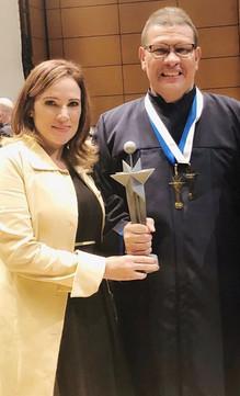 Profesor de la Ciudad Escolar Comfenalco fue galardonado con el Premio Compartir