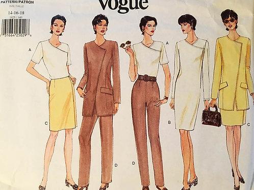 Vogue 1925, Minimalist style Wardrobe.