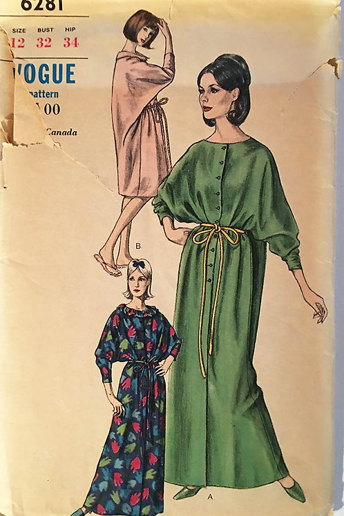 Vogue 6281. Rare 1960s robe pattern
