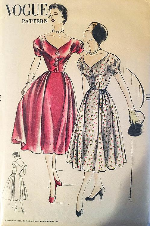 Vogue 3389. Classic 1950s summer dress.