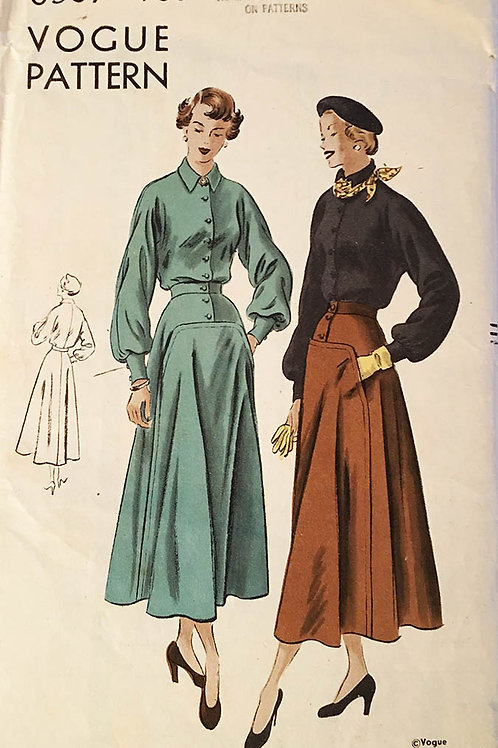 Vogue 6587. Beautiful vintage 1940s Skirt and Blouse