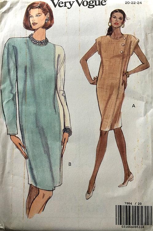 Vogue 7984 Plus size panel dress, decorative buttons