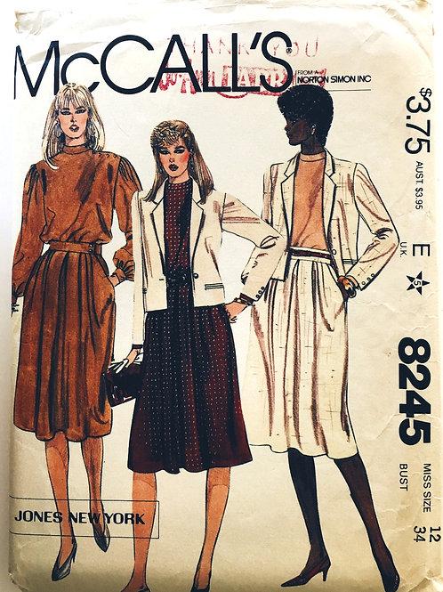 McCalls 8245