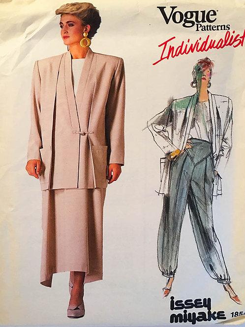Vogue Individualist 1854. Issey Miyake.Kimono style jacket.