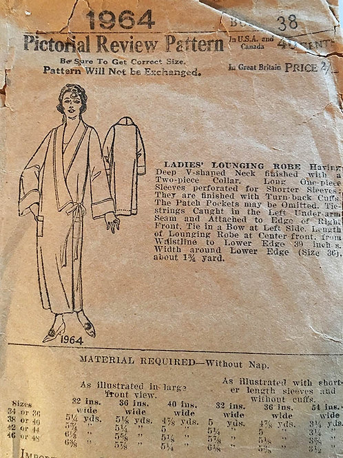 Pictorial Review 1964. Ladies Lounging Robe 1920s.