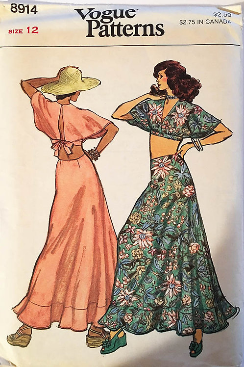 Vogue 8914. Hippie 1974style. Bare Midriff top and long ruffled skirt.