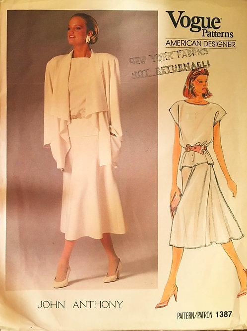 Vogue Designer 1387 John Anthony flowing separates