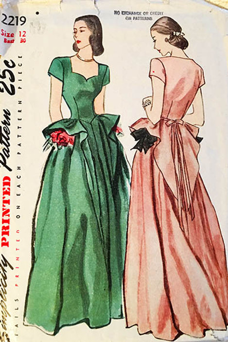 Simplicity 2219. Vintage 1940s swallow tail Evening Gown