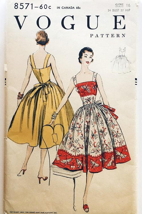 Vogue 8571 Easy-to-make dress