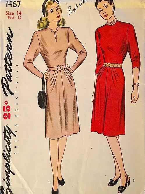 Simplicity 1467. 1940s dresses.