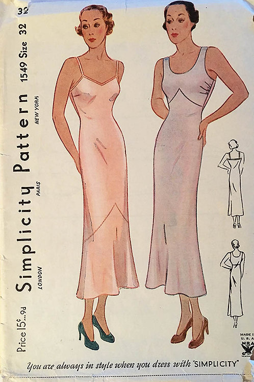 Simplicity 1549 Bias slips from the early 1930s.