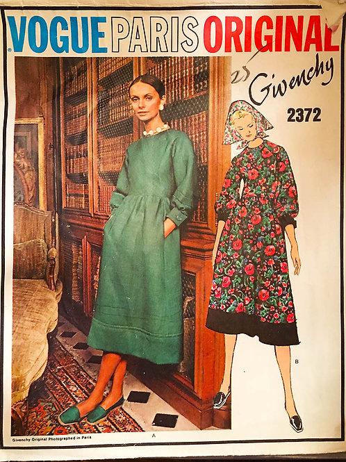 Vogue Paris Original 2372. Givenchy.1970