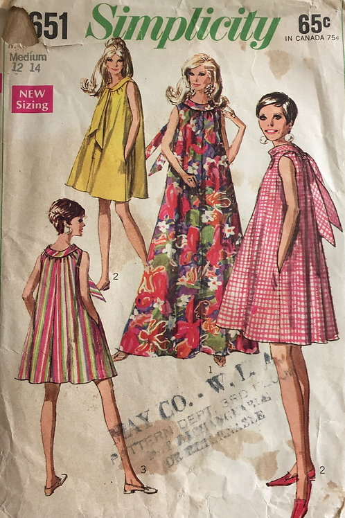 Simplicity 7651 Tent dress with scarf