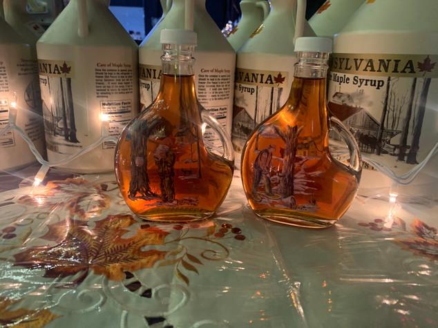Sugaring scene bottles