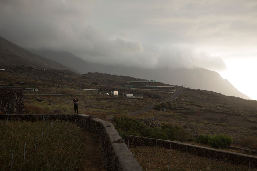 As the assistent of photographer Mike Roelofs, i traveledd with him and Volkskrant journalist Ben van Raaij to Ell Hierro. The island of El Hierro isthe smallest, most western and most southern of the Canary Islands.It was declared a World Biosphere Reserve by UNESCO in 2000 and a Geopark in 2014.