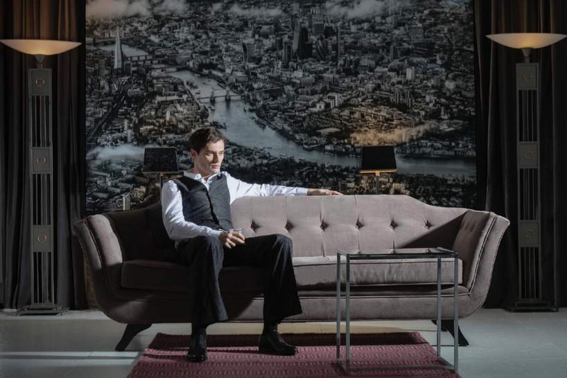 Gentleman-dandy-james-bond-tuxedo-sofa-c