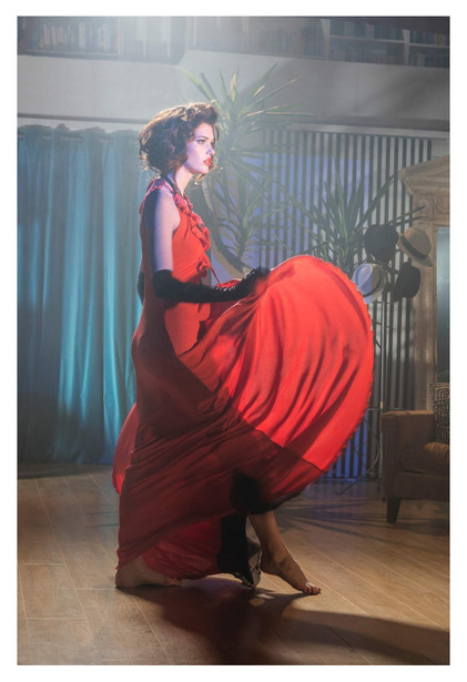 argentinian-tango-girl-james-bond-red-go