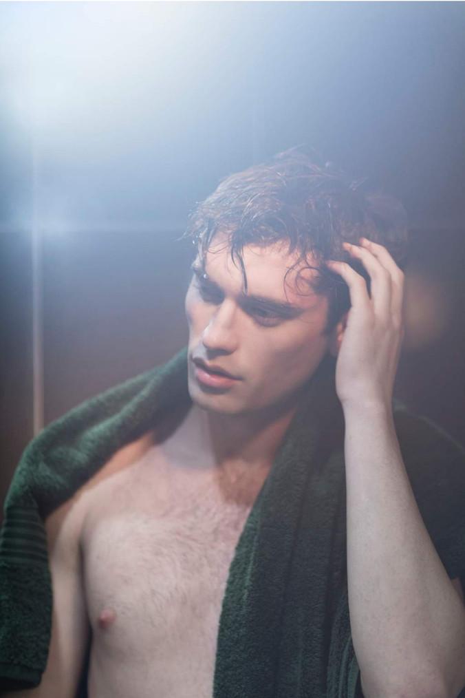 Gentleman-shower-towel-model-male-dandy-