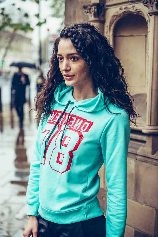 winter-womenswear-hoody-model-london-str