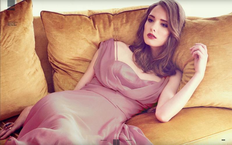 antique-pink-dress-model-james-bond-girl
