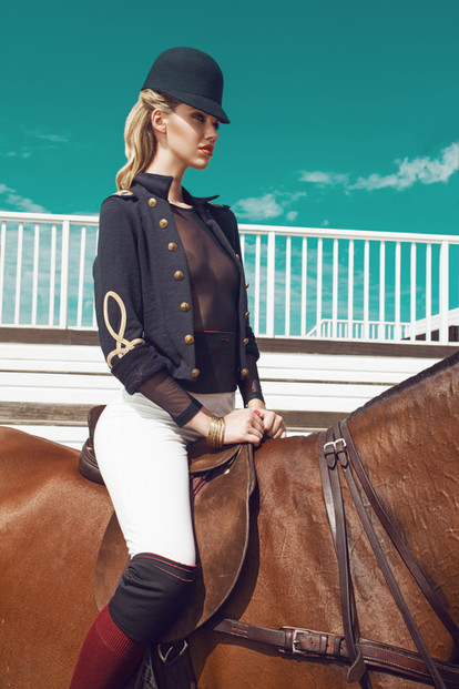 polo-club-equestrian-guards-ham-horse-br