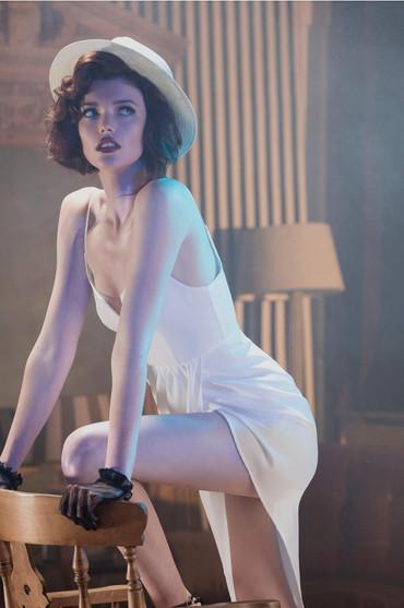 argentinian-tango-girl-james-bond-white-