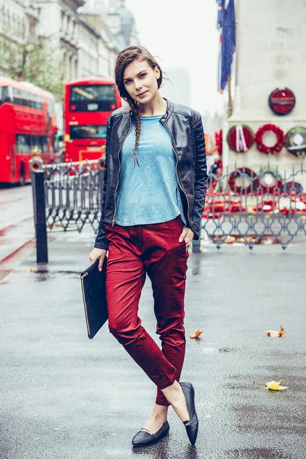 winter-menswear-model-london-street-red-